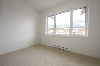 "Photo 10: 26 1188 WILSON Crescent in Squamish: Downtown SQ Townhouse for sale in ""Current"" : MLS®# R2099485"