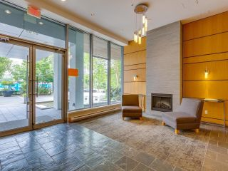"""Photo 3: 1603 2289 YUKON Crescent in Burnaby: Brentwood Park Condo for sale in """"WATERCOLOURS"""" (Burnaby North)  : MLS®# R2601005"""