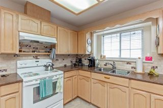 """Photo 12: 13 2988 HORN Street in Abbotsford: Central Abbotsford Townhouse for sale in """"Creekside Park"""" : MLS®# R2583672"""