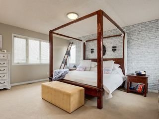 Photo 17: 67 Sierra Morena Circle SW in Calgary: Signal Hill Detached for sale : MLS®# C4239157