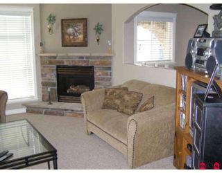 """Photo 6: 63 5965 JINKERSON Road in Sardis: Promontory Townhouse for sale in """"EAGLE VIEW RIDGE"""" : MLS®# H2805241"""