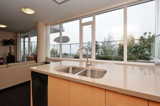 "Photo 10: 1101 9025 HIGHLAND Court in Burnaby: Simon Fraser Univer. Condo for sale in ""Highland House"" (Burnaby North)  : MLS®# R2043263"