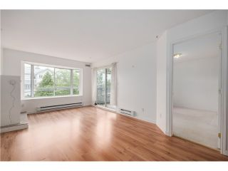 Photo 4: 303 1729 E GEORGIA Street in Vancouver: Hastings Condo for sale (Vancouver East)  : MLS®# V1070713