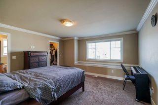 """Photo 23: 19686 71B Avenue in Langley: Willoughby Heights House for sale in """"Routley"""" : MLS®# R2446476"""