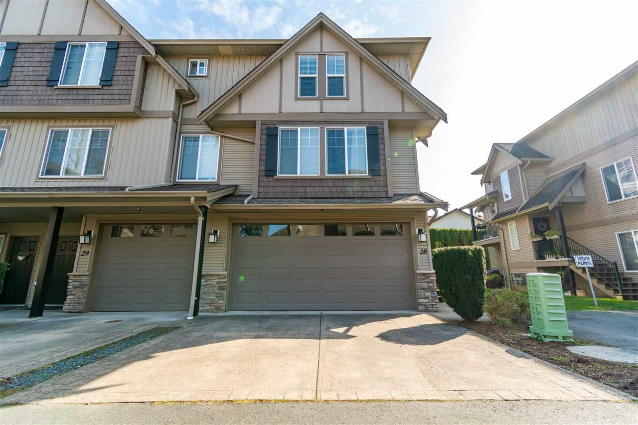 "Main Photo: 28 46321 CESSNA Drive in Chilliwack: Chilliwack E Young-Yale Townhouse for sale in ""CESSNA LANDING"" : MLS®# R2561875"