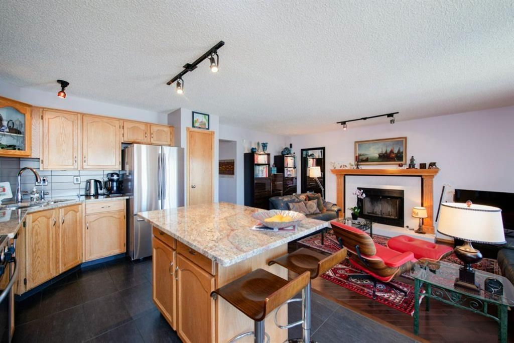 Photo 9: Photos: 142 Arbour Summit Close NW in Calgary: Arbour Lake Detached for sale : MLS®# A1102229
