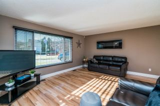 "Photo 12: 3630 GOULD Crescent in Prince George: Pinecone House for sale in ""PINECONE"" (PG City West (Zone 71))  : MLS®# R2515972"