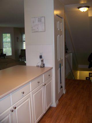 "Photo 3: 15 9036 208TH Street in Langley: Walnut Grove Townhouse for sale in ""HUNTERS GLEN"" : MLS®# F1006862"
