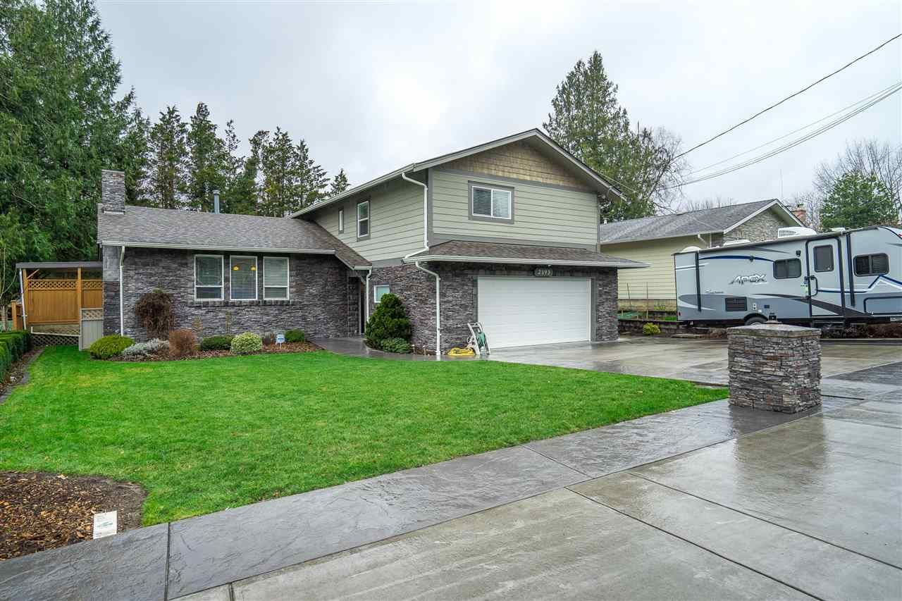 """Main Photo: 2193 GUILFORD Drive in Abbotsford: Abbotsford East House for sale in """"McMillan Area"""" : MLS®# R2554972"""
