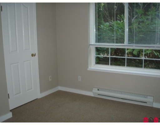 """Photo 10: Photos: 106 8110 120A Street in Surrey: Queen Mary Park Surrey Condo for sale in """"MAIN STREET"""" : MLS®# F2801365"""