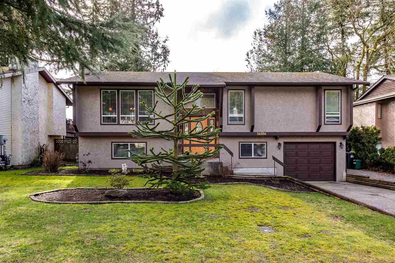 """Main Photo: 34556 PEARL Avenue in Abbotsford: Abbotsford East House for sale in """"Clayburn / Stenersen"""" : MLS®# R2541827"""