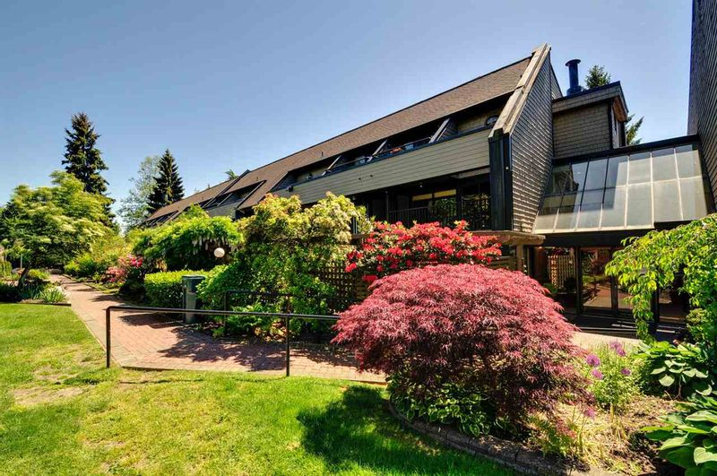 FEATURED LISTING: 115 - 7377 SALISBURY Avenue Burnaby