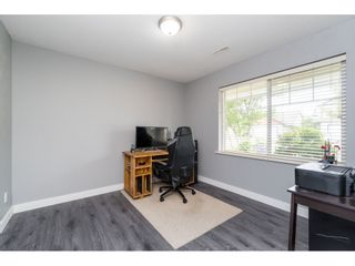 """Photo 4: 32954 PHELPS Avenue in Mission: Mission BC House for sale in """"Cedar Valley Estates"""" : MLS®# R2468941"""
