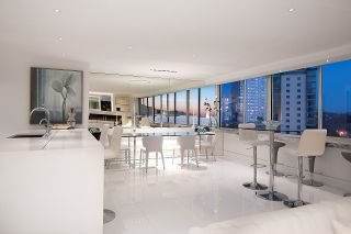 """Photo 15: 902 1835 MORTON Avenue in Vancouver: West End VW Condo for sale in """"Ocean Towers"""" (Vancouver West)  : MLS®# R2570024"""
