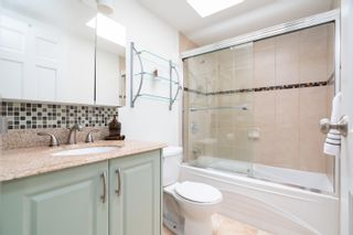 """Photo 15: PH4 1435 NELSON Street in Vancouver: West End VW Condo for sale in """"WESTPORT"""" (Vancouver West)  : MLS®# R2615558"""