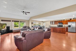 Photo 8: 687 Olympic Dr in : CV Comox (Town of) House for sale (Comox Valley)  : MLS®# 876275