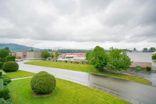 """Photo 13: 309 7685 AMBER Drive in Chilliwack: Sardis West Vedder Rd Condo for sale in """"The Sapphire"""" (Sardis)  : MLS®# R2592956"""
