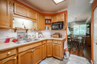 """Photo 9: 403 21937 48 Avenue in Langley: Murrayville Townhouse for sale in """"ORANGEWOOD"""" : MLS®# R2590300"""