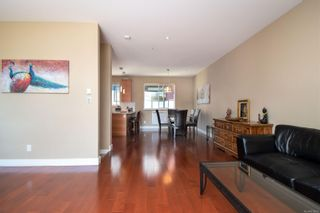 Photo 11: 4 2311 Watkiss Way in : VR Hospital Row/Townhouse for sale (View Royal)  : MLS®# 878029