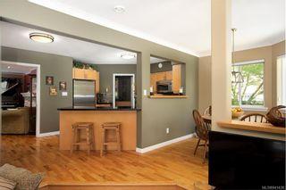 Photo 5: 1415 Oliver St in Oak Bay: OB South Oak Bay House for sale : MLS®# 841439