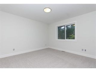 Photo 15: 819 Ashbury Ave in VICTORIA: La Olympic View House for sale (Langford)  : MLS®# 746742