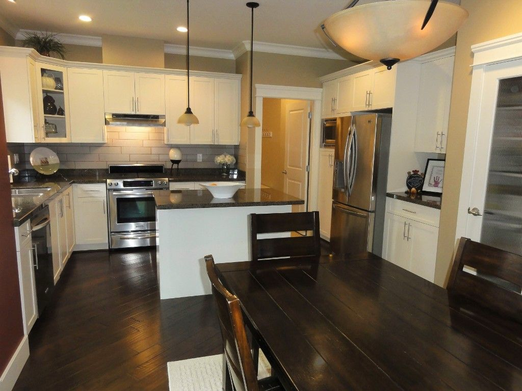 "Photo 13: Photos: 5980 163B Street in Surrey: Cloverdale BC House for sale in ""WESTRIDGE ESTATES"" (Cloverdale)  : MLS®# R2057890"