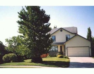 Photo 1: 15 DESJARDINS Drive in WINNIPEG: Windsor Park / Southdale / Island Lakes Single Family Detached for sale (South East Winnipeg)  : MLS®# 2704482