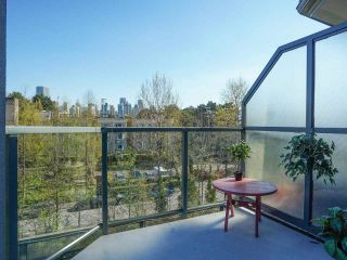 """Photo 15: 24 1345 W 4TH Avenue in Vancouver: False Creek Townhouse for sale in """"Granville Island Village"""" (Vancouver West)  : MLS®# R2564890"""