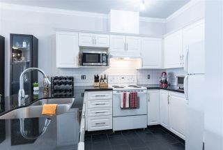 """Photo 7: 307 2109 ROWLAND Street in Port Coquitlam: Central Pt Coquitlam Condo for sale in """"PARKVIEW PLACE"""" : MLS®# R2300379"""