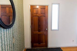Photo 2: 10824 132 Avenue in Edmonton: Zone 01 Attached Home for sale : MLS®# E4230773