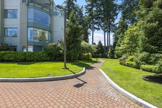 """Photo 33: 207 1725 MARTIN Drive in Surrey: Sunnyside Park Surrey Condo for sale in """"Southwynde by Bosa Construction"""" (South Surrey White Rock)  : MLS®# R2589196"""