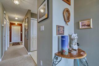 "Photo 7: 4960 ARBUTUS Road in Sechelt: Sechelt District House for sale in ""DAVIS RIDGE ESTATES"" (Sunshine Coast)  : MLS®# R2622482"