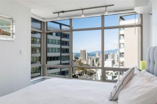 """Photo 5: 2003 1288 ALBERNI Street in Vancouver: West End VW Condo for sale in """"The Palisades"""" (Vancouver West)  : MLS®# R2591374"""