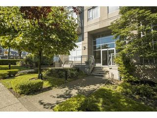 """Photo 4: 804 2483 SPRUCE Street in Vancouver: Fairview VW Condo for sale in """"Skyline on Broadway"""" (Vancouver West)  : MLS®# R2584029"""