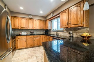 """Photo 6: 6399 PARKVIEW Place in Burnaby: Upper Deer Lake House for sale in """"UPPER DEER LAKE"""" (Burnaby South)  : MLS®# R2348530"""