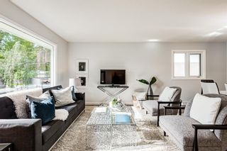 Photo 2: 78 Franklin Drive in Calgary: Fairview Detached for sale : MLS®# A1142495