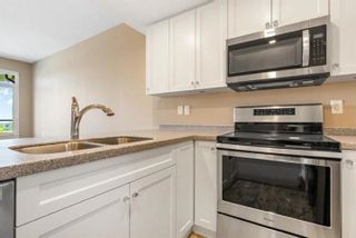 """Photo 4: 806 15333 16 Avenue in White Rock: Sunnyside Park Surrey Condo for sale in """"The Residences of Abbey Lane"""" (South Surrey White Rock)  : MLS®# R2620995"""