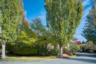 """Photo 42: 27 15055 20TH Avenue in Surrey: Sunnyside Park Surrey Townhouse for sale in """"HIGHGROVE"""" (South Surrey White Rock)  : MLS®# R2624305"""