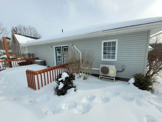 Photo 5: 1063 Ernst Drive in Aylesford: 404-Kings County Residential for sale (Annapolis Valley)  : MLS®# 202103003