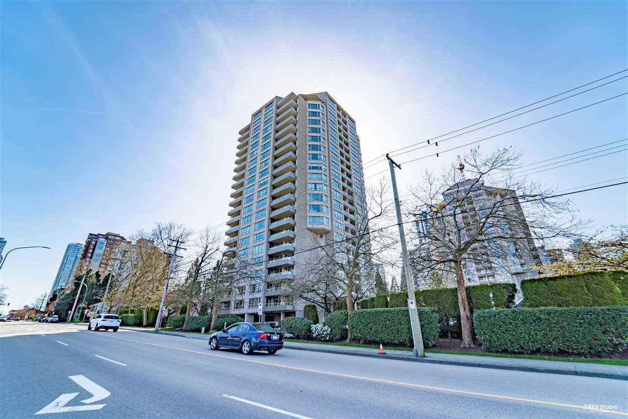 Main Photo: 304 6055 NELSON AVENUE in Burnaby: Forest Glen BS Condo for sale (Burnaby South)  : MLS®# R2560922