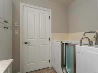Photo 17: 304 9870 Second St in : Si Sidney North-East Condo for sale (Sidney)  : MLS®# 872135