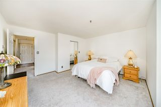 """Photo 14: 312 5710 201 Street in Langley: Langley City Condo for sale in """"WHITE OAKS"""" : MLS®# R2387162"""