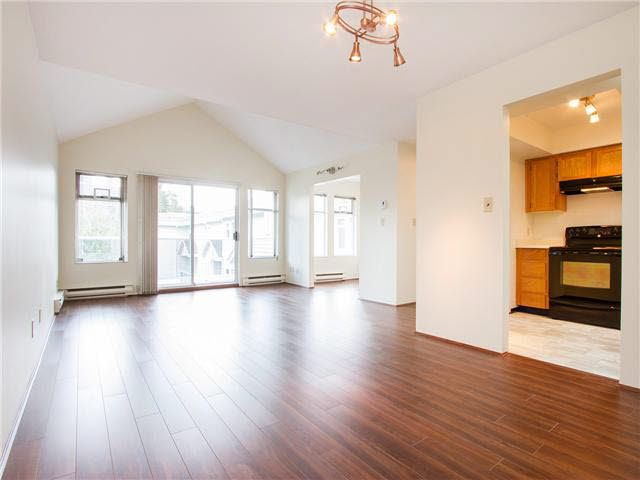 Main Photo: 406 5335 HASTINGS STREET in : Capitol Hill BN Residential Attached for sale : MLS®# V1105247