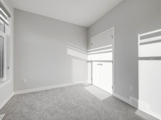 Photo 14: 2806 Edmonton Trail NE in Calgary: Winston Heights/Mountview Row/Townhouse for sale : MLS®# A1089576