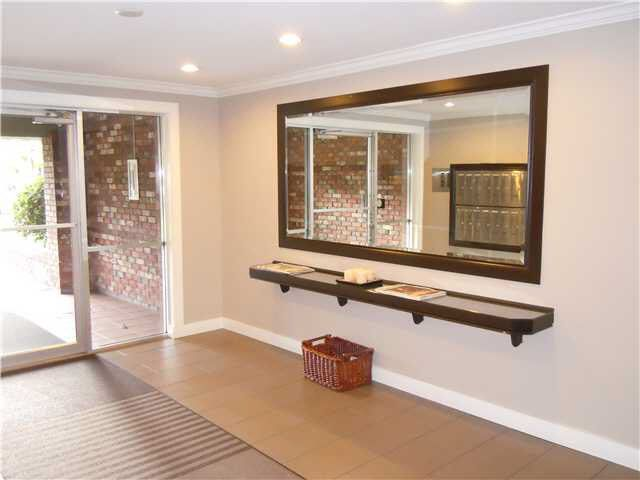 Photo 9: Photos: 109 2211 W 5TH Avenue in Vancouver: Kitsilano Condo for sale (Vancouver West)  : MLS®# V1090915