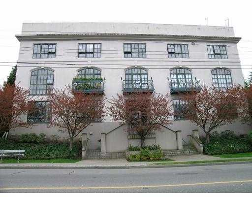 Main Photo: 303 4590 EARLES ST in Vancouver: Collingwood Vancouver East Condo for sale (Vancouver East)  : MLS®# V585844