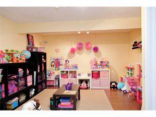 Photo 34: 129 ROYAL BIRCH Bay NW in Calgary: Royal Oak House for sale : MLS®# C4074421