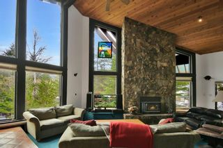 """Photo 4: 6144 EAGLE Drive in Whistler: Whistler Cay Heights House for sale in """"WHISTLER CAY HEIGHTS"""" : MLS®# R2576807"""