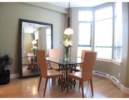 """Photo 6: Photos: 842 W 6TH Avenue in Vancouver: Fairview VW Townhouse for sale in """"BOXWOOD GREEN"""" (Vancouver West)  : MLS®# V650678"""