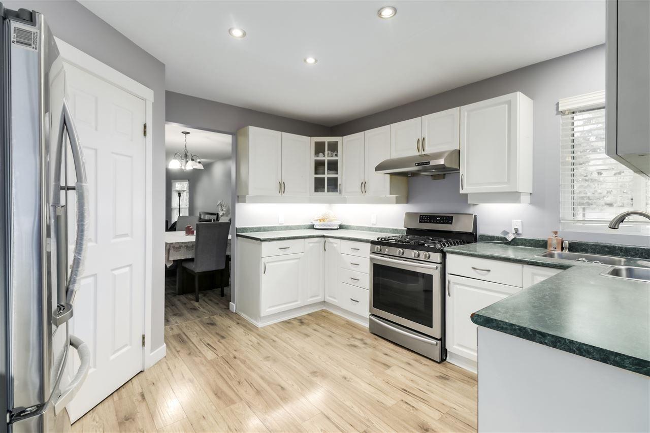 Photo 4: Photos: 23796 110B Avenue in Maple Ridge: Cottonwood MR House for sale : MLS®# R2516377